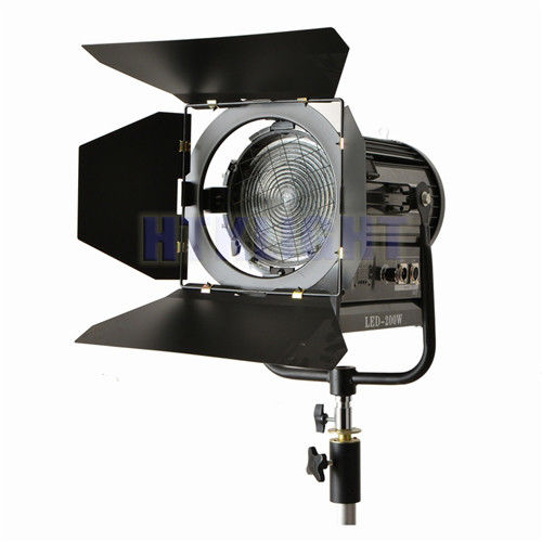 200W Theatre Spot Lights Led Fresnel Stage Lighting With Streching Aluminium Housing