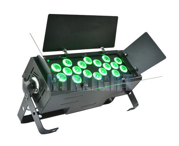 AC 240V 18 X 15W RGBWA 5 In1 LED Stage Light With Die - Cast Alluminun Housing